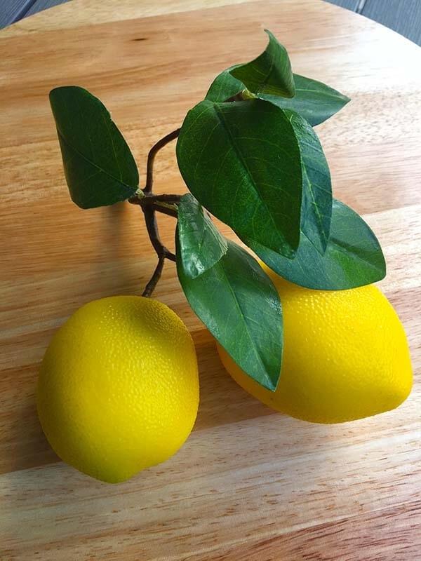 Citroner på kvist, konstgjorda