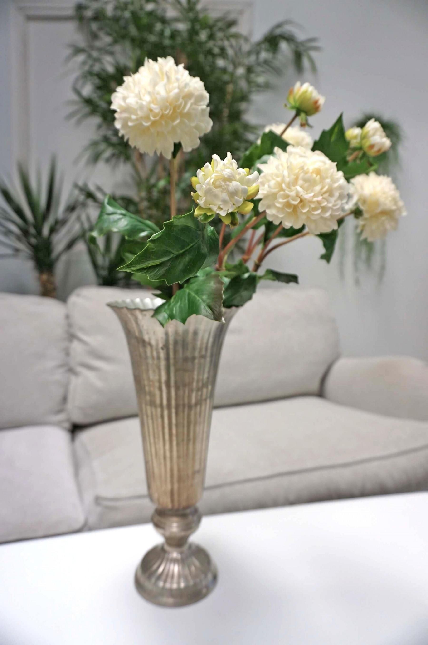 Dahlia med knopp, konstgord blomma, cream/vit