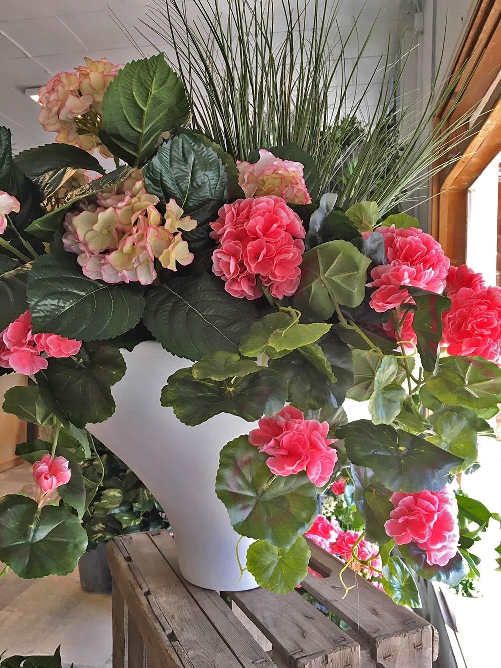 Hängpelargon, rosa, konstgjord hängväxt