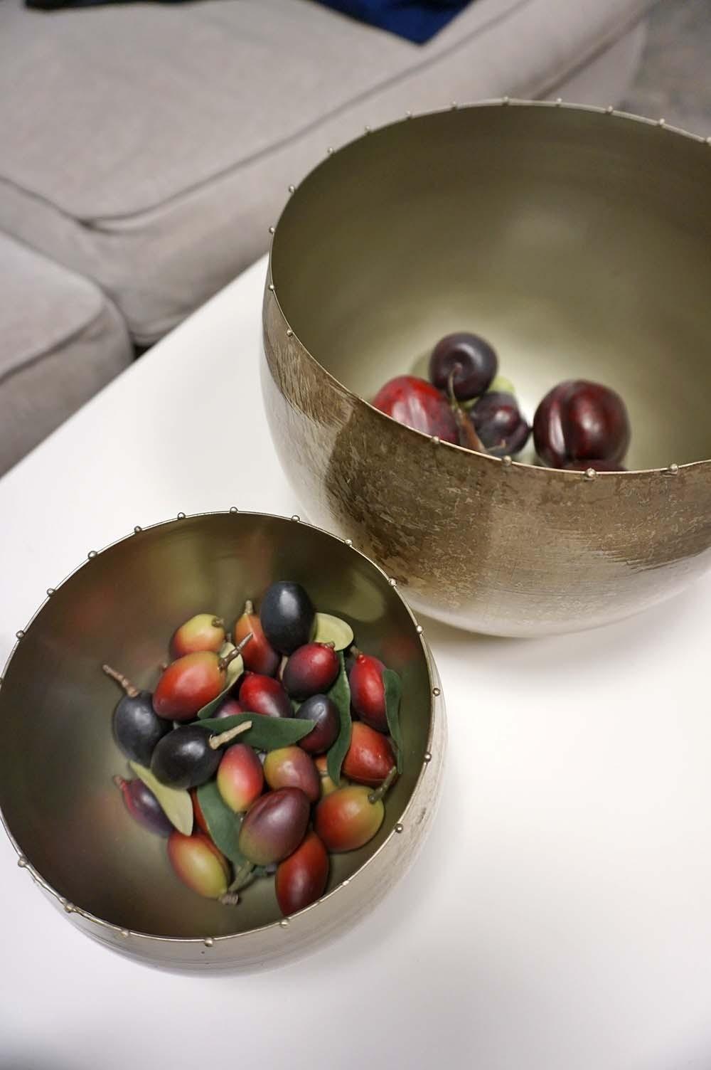 Kruka/skål i metall, antiksilver stor