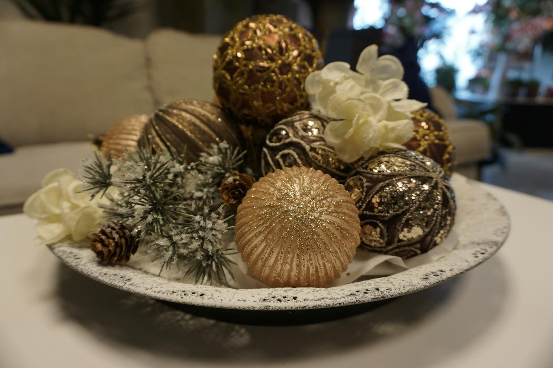 Julgranskula i glas, 4-pack frostad champagnerosa med glitter