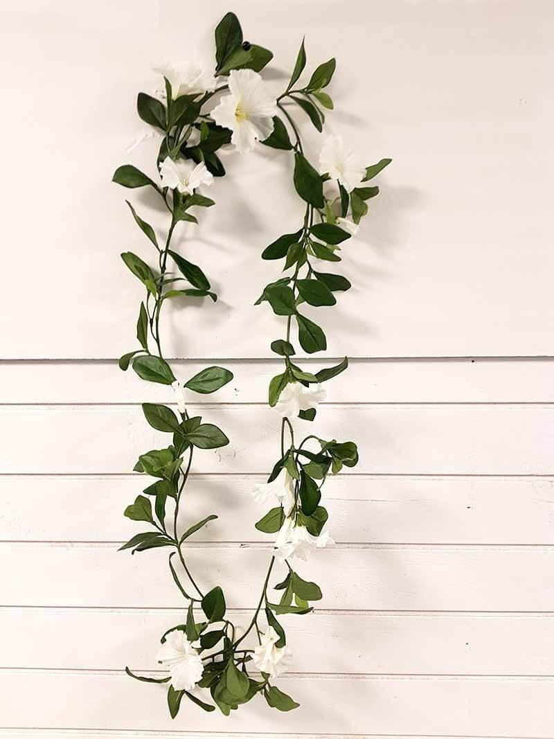 Petunia girlang, vit, konstgjord