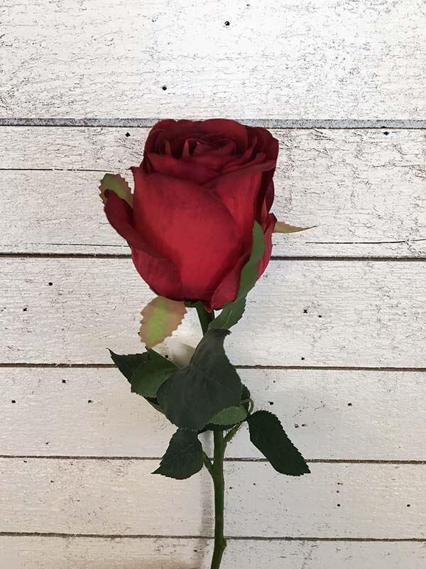Ros, djupröd, konstgjord blomma