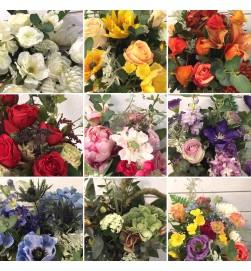 Handbunden bukett med konstgjorda blommor, floristens val